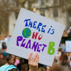 Découvrez «Participe présent», notre nouveau programme pour favoriser l'implication des jeunes dans la lutte contre le réchauffement climatique